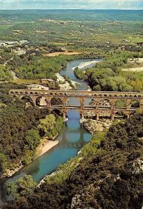 France Le Pont du Gard, Aqueduc romain River Bridge Aerial view