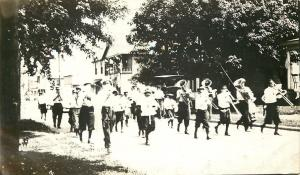 Real Photo~Band Parades Down Street~Flags~Vintage Vehicle~Tuba~Trombone~1920s RP