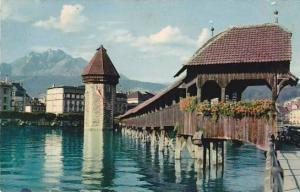 Schweiz Luzern Kapellbruecke