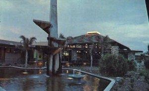 Divine Gardens and Motor Inn - Turlock, CA