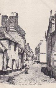 MONTREUIL SUR MER, Pas De Calais, France, 1900-1910s; La Grande Rue Et L'Hote...