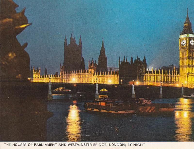 Postal 62048 : The Houses of Parliament and Westminster Bridge London by night