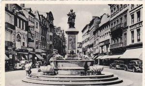 Belgium Liege Rue Vinave d'ile et Statue de la Vierge Photo