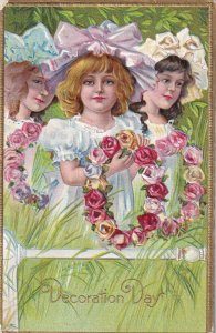 AS; DECORATION DAY, PU-1910; Three Girls holding Rose Wreaths; WINSCH