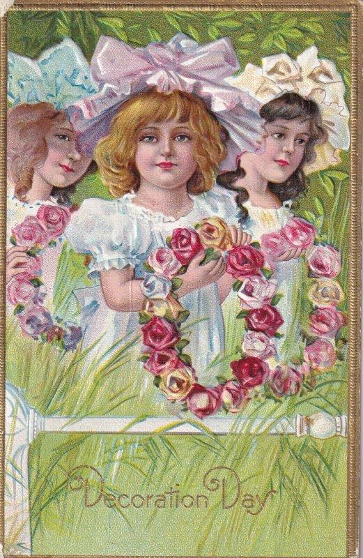 AS; DECORATION DAY, PU-1910; Three Girls holding Rose Wreaths; WINSCH