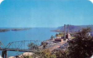 HANNIBAL, MO Missouri  MUNICIPAL LIGHT PLANT~Mark Twain Bridge  c1950's Postcard