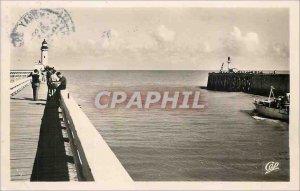 Postcard Modern Treport the Entree Harbor Boat