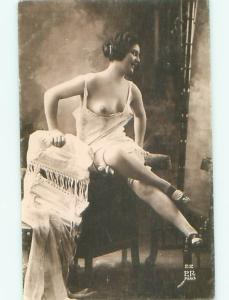 c1910 Risque TOPLESS FRENCH GIRL AT STUDIO IN PARIS FRANCE AB7300