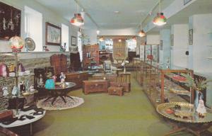 NEW WINDSOR , Maryland , 50-60s ; International Gift Shop