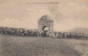 Le Sultan faisant sa priere de l'Aid el Kebir , EGYPT , 00-10s