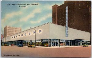 Chicago, Illinois Postcard GREYHOUND BUS STATION Depot Street View Linen 1940s