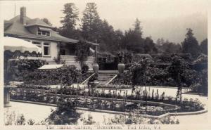 RP: Italian Garden, Tod Inlet , V.I., B.C. , Canada , 20-40s