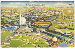 1939 New York World's Fair View of Constitution Mall Postcard