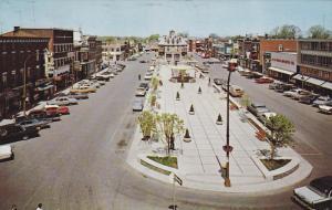 JOLIETTE , Quebec , Canada , PU-1970 ; L´esplanade au centre de la ville , v...