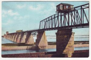 P573 JLs old unused railrod bridge, river louisville kentucky