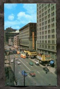 5331 - CLEVELAND Ohio 1963 Playhouse Square. Cinema. Classic Cars