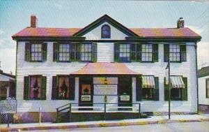 Missouri Hannibal The Becky Thatcher House In Hannibal 1960