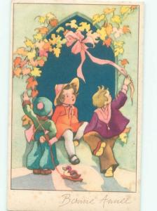 foreign Old Postcard FRENCH KIDS UNDER COLORED LEAVES AC3394