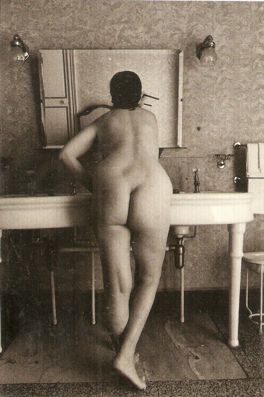 Trilogia. Nude. Risque Nice modern French Postcard. Continental size