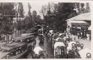 RP: Xochimilco , Mexico , 30-40s