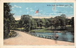 Des Moines Iowa~McRae Park~Unpaved Road Along Water~1933 Postcard