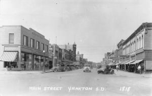 Yankton SD~Main Street~JJ Newberry~Candy~Dentist~Bob's Cafe~1920s Cars~1948 RPPC
