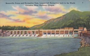 Oregon Bonneville Power & Navigation Dam Largest Lift Navigation Lock In The ...