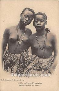 Jeunes filles de Dakar African Nude Postcard Afrique Francaise Unused