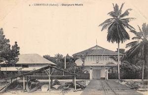 Gabon Libreville, Chargeurs Reunis, pirogue, canoe