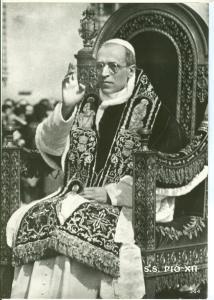 Italy, Pope Pio, Pius XII, unused real photo Postcard