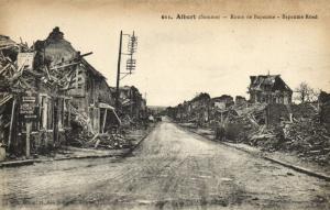 CPA ALBERT - Route de Bapaume (121361)