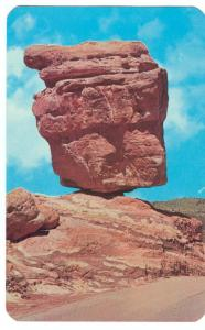 World famous Balanced Rock in the Garden of the Gods