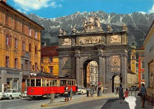 Alpenstadt Innsbruck Tirumphpforte Tram Vintage Cars Arch Postcard