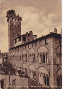 LUCCA, Italy, PU-1953; Il Palazzo Guinigi Con La Torre Alberata
