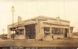 VALLEY PARK, MISSOURI DEPOT-1917 RPPC REAL PHOTO POSTCARD
