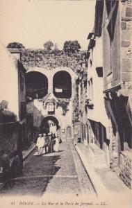 La Rue Et La Porte De Jerzual, Dinan (Côtes-d´Armor), France, 1900-1910s