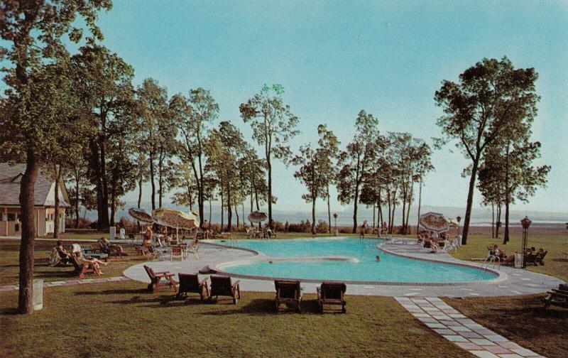BEAUPORT, Quebec City, Quebec, 50-60s; Hotel Des Laurentides, Swimming Pool