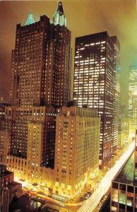 7672  NY Manhattan   The Waldorf Astoria Hotel Illuminated at night