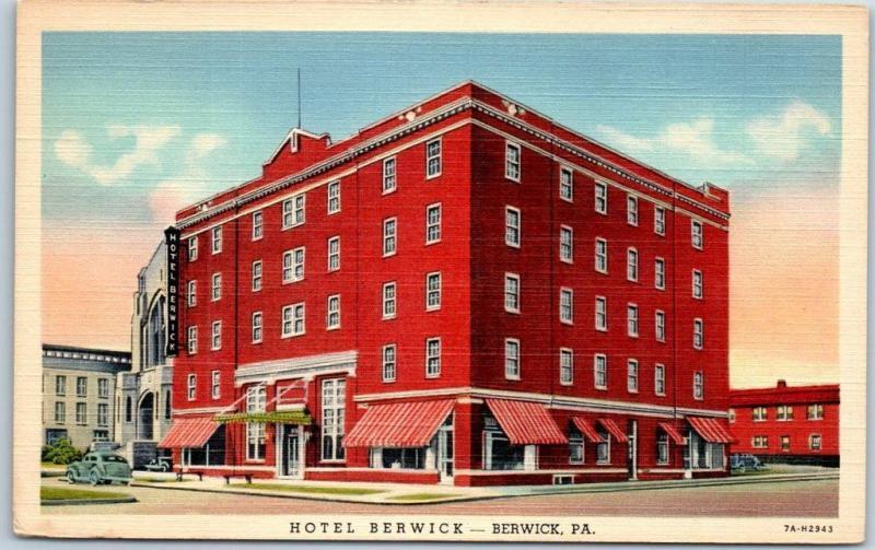 Berwick Pennsylvania Postcard Hotel Street View Curteich Linen C1940s