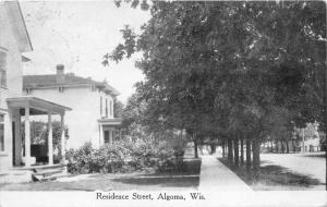 Algoma Wisconsin~Residence Street~Lots of Tall Trees along Nice Homes~1921 B&W