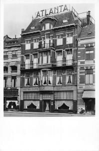 Holland Hotel Cafe Restaurant Atlanta, Grote Markt Nijmegen, echte foto, bicycle