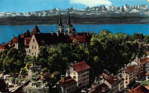 Switzerland Neuchatel Le Chateau et la Collegiale Castle Church Lake Postcard