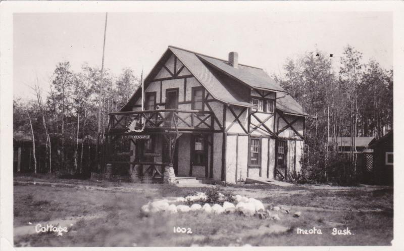RP: Cottage , MEOTA , Saskatchewan , Canada 20-40s