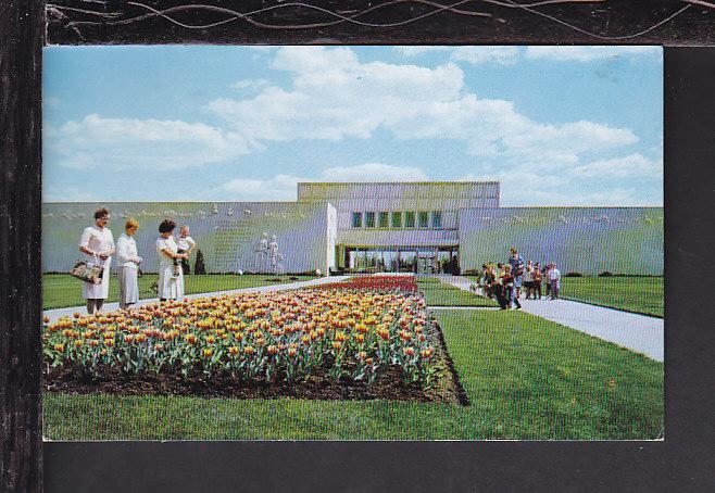 Saskatchewan Museum Natural History,Canada Postcard BIN