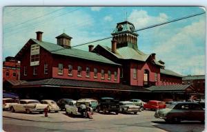 ST- HYACINTHE, QUEBEC Canada    PUBLIC MARKET  ca 1950s Cars  Postcard