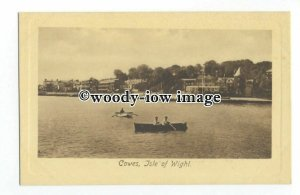 h1469 - Isle of Wight - Early View along Cowes Parade, from the Sea - Postcard