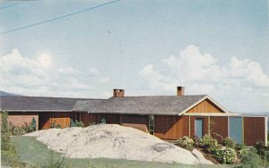 Advertisement, Home Using Cabots Wood Stains, Architects Duncan Macnab, Vanco...
