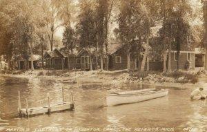 RP: HOUGHTON LAKE , Michigan, 1943 ; Martin's Cottages