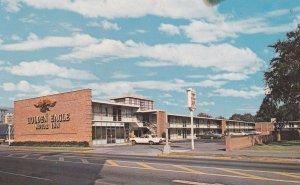 CHARLOTTE , North Carolina , 50-60s ; Golden Eagle Motor Inn North