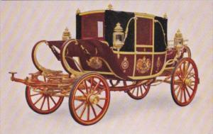 Tucks His Majesty's State Road Landau State Coaches Buckingham Palace